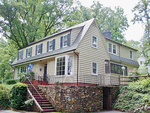 Single Family Home for Sale, ListingId:26946875, location: 7801 Riverside Drive Richmond 23225