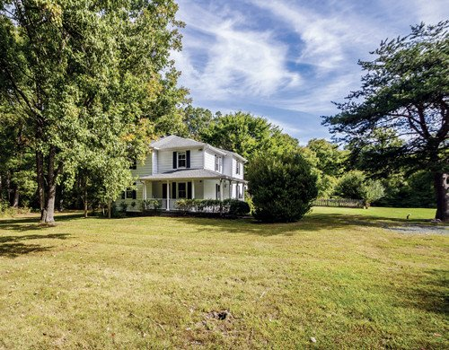 Featured Property in KESWICK, VA, 22947